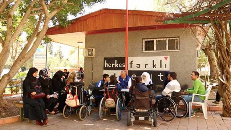 Adana'da Dünya'ya kardeşlik dersi