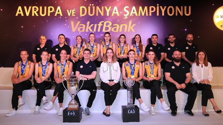 VakıfBank'ın şampiyonluk hikayesi anlatıldı