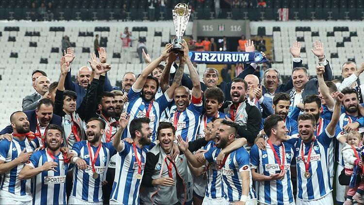 BB Erzurumspor şampiyon olarak 1. Lige yükseldi