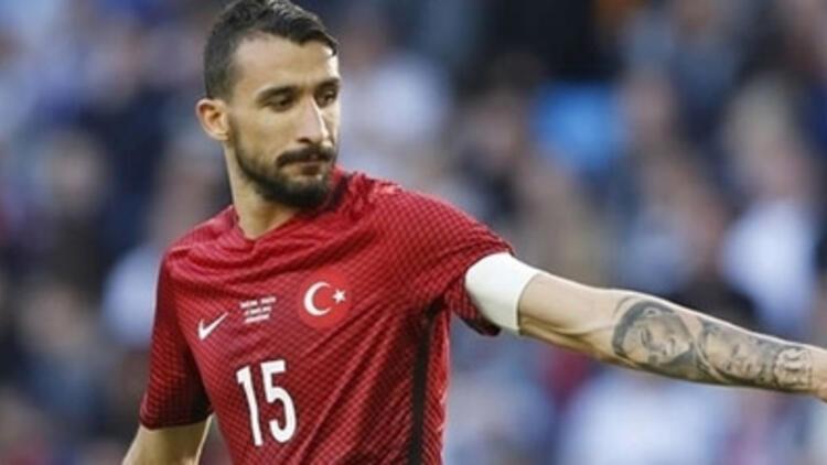 A Milli Takım'ın yeni kaptanı Mehmet Topal
