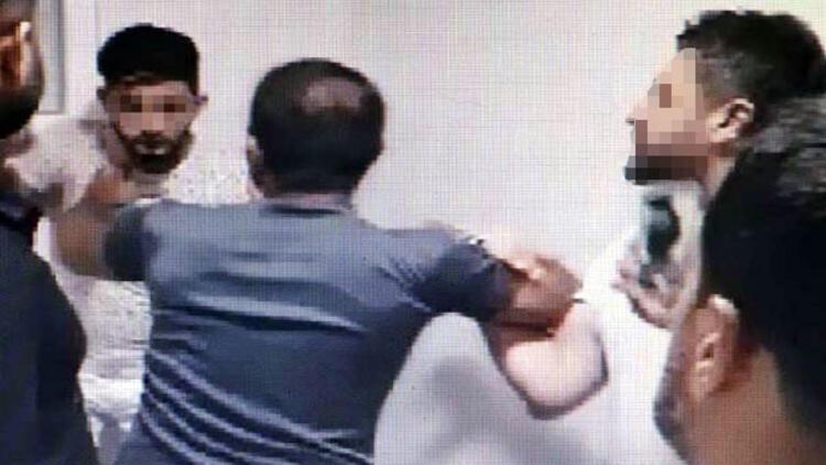 Kız tavlıyoruz diye video yayınlayan Suriyelileri dövüp görüntüsünü paylaştılar