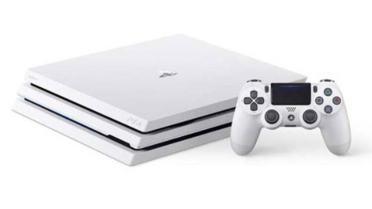 PlayStation 4 Pro'nun beyaz modeli satışa çıkıyor