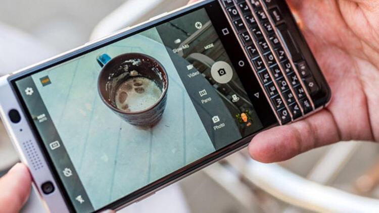 BlackBerry KEYone'ın sökülen ekran kabusu bitiyor!