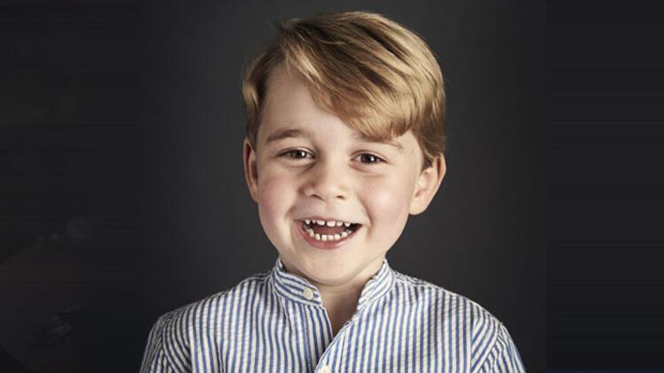 Prens George 4 yaşında... İşte yeni fotoğrafı