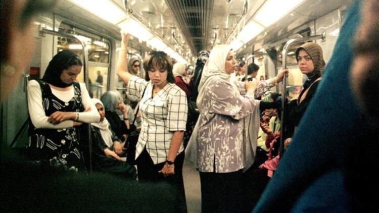 'Kadın vagonu' önerisi İngiltere'de tartışma yarattı