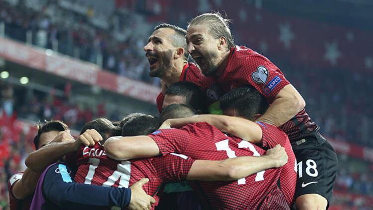 FIFA, Hırvatistan galibiyetini manşetine taşıdı!