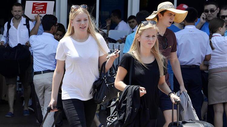 İlk 8 ayda 2.6 milyon Rus turist