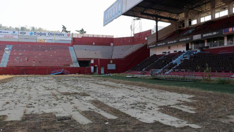 Hüseyin Avni Aker Stadı'nın son hali içler acısı