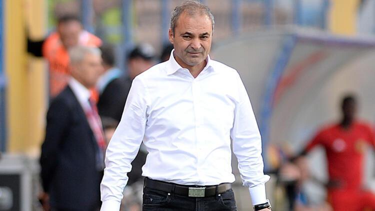 Erkan Sözeri Karabükspor'dan ayrıldı
