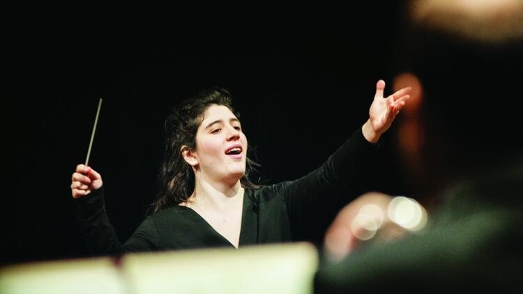 Geleceğin kadın orkestra şefleri  arasında bir Türk kızı