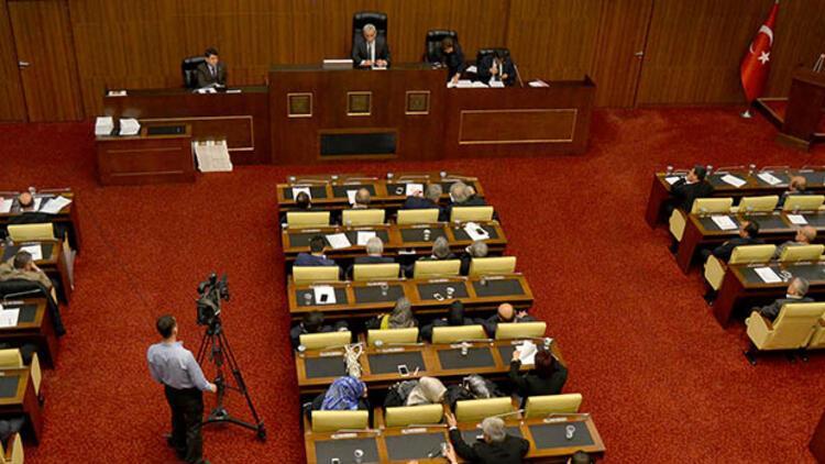 Son dakika... Belediye Meclisi'nde 'Gökçek' gerilimi