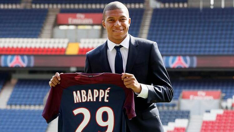 Mbappe Leipzig'in kapısından dönmüş