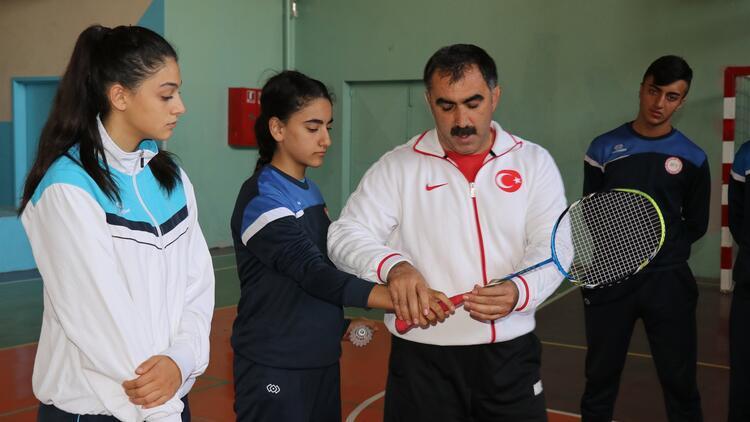 Liseliler olimpiyatları hedefliyor
