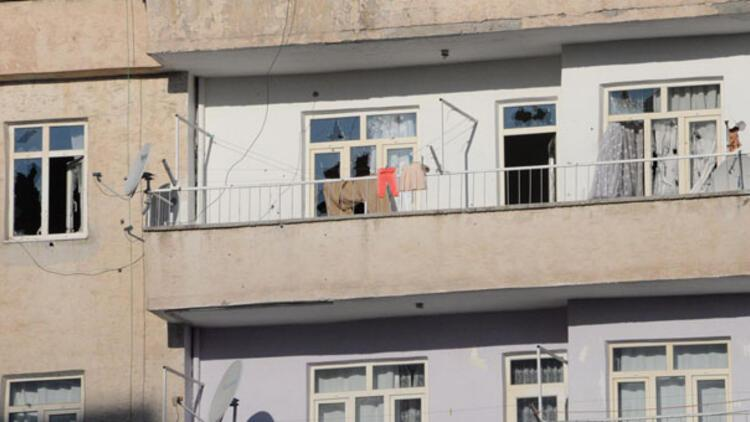Diyarbakırda PKKnın hücre evine operasyon: Bir şehit, 9 polis yaralı