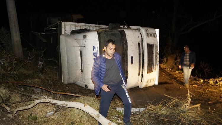 Antalya'yı hortum vurdu: Çok sayıda yaralı var