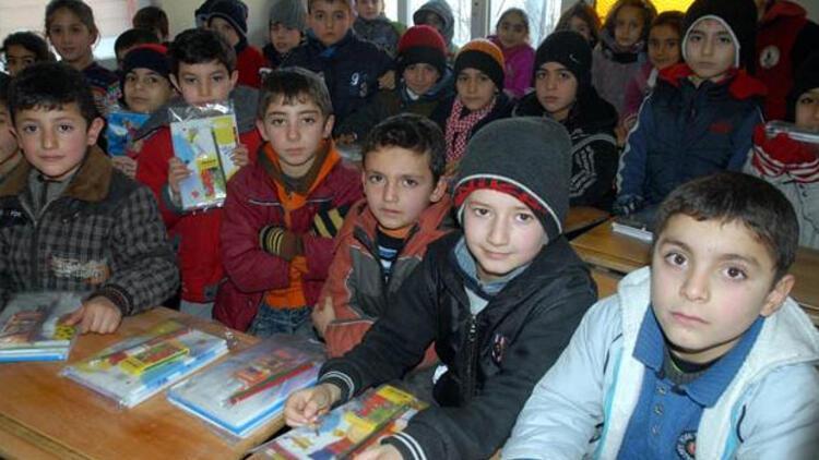 İlkokul çağındaki Suriyelilerin tamamı eğitime kazandırıldı