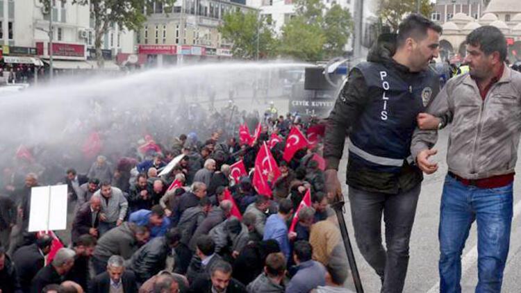 Tütün protestosuna müdahale: 101 kişi gözaltına alındı