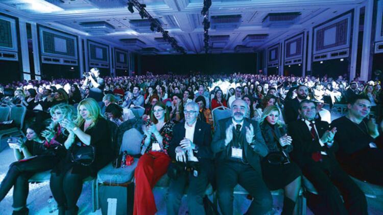 18 saatte 42 oturum: 18'inci yaşını kutlayan Marka Konferansı 2 bin kişiyi ağırladı