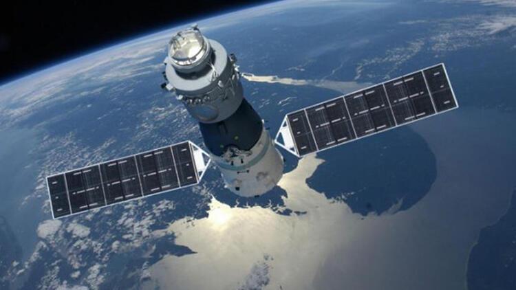 Çin'in uzay aracı hızla Dünya'ya yaklaşıyor, çakılacak!