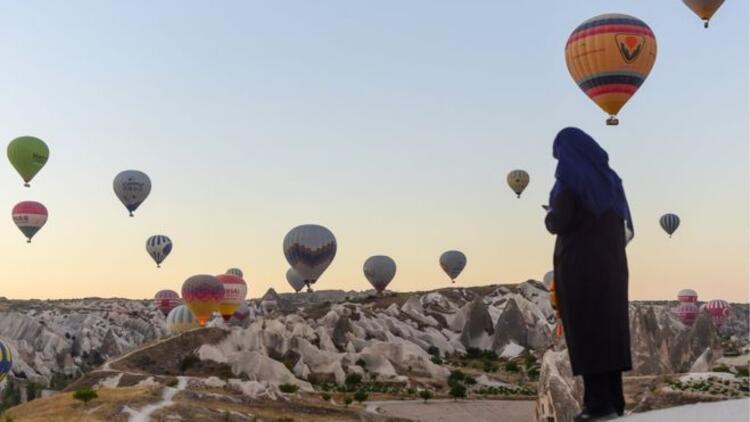 Financial Times: Turistler Türkiyeye geri dönüyor
