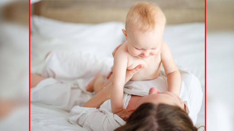 Yeni annelere tavsiye: Şarkı söyleyin