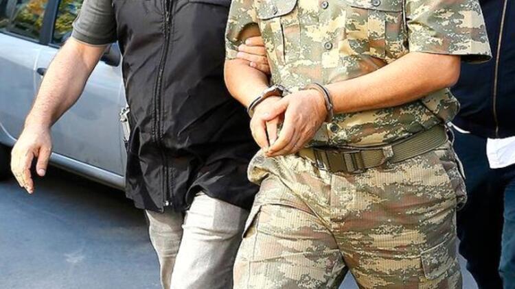 4 subay 'FETÖ'cüyüm diye' teslim oldu