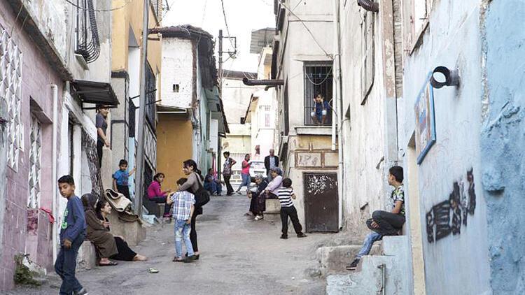Agora Sokağı çocukları
