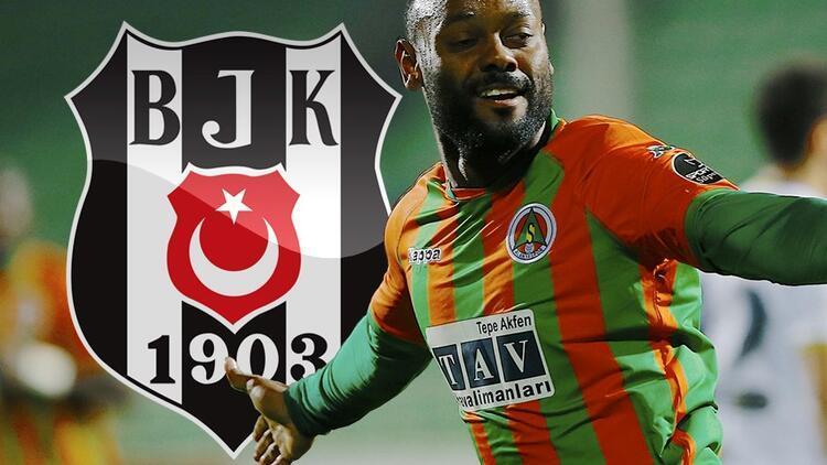 Beşiktaş'ta çifte KAP