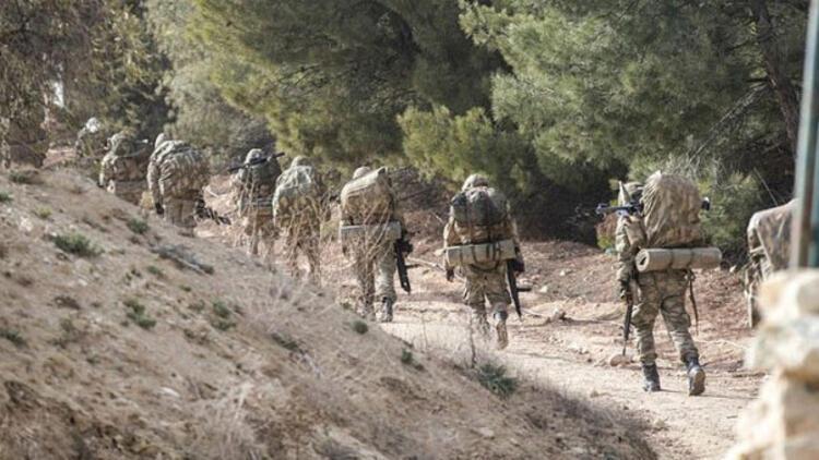 TSK, Afrin'e havadan bu bildirileri attı...