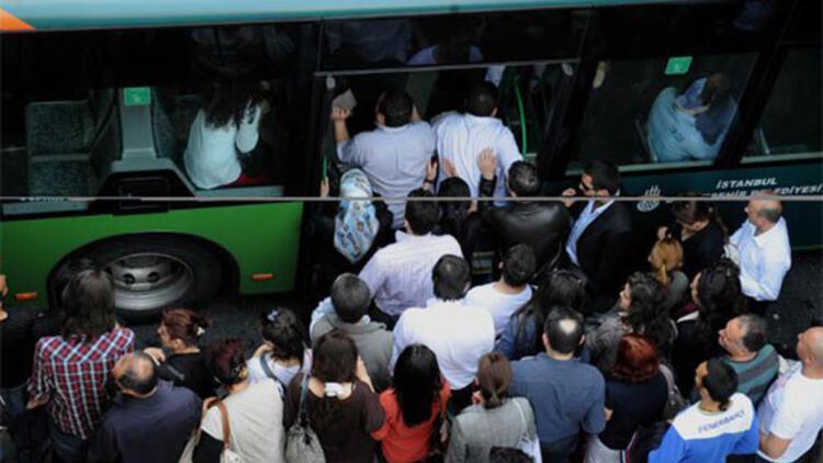 Toplu taşıma anketinden çarpıcı sonuç: Hijyenik araç şaşırttı