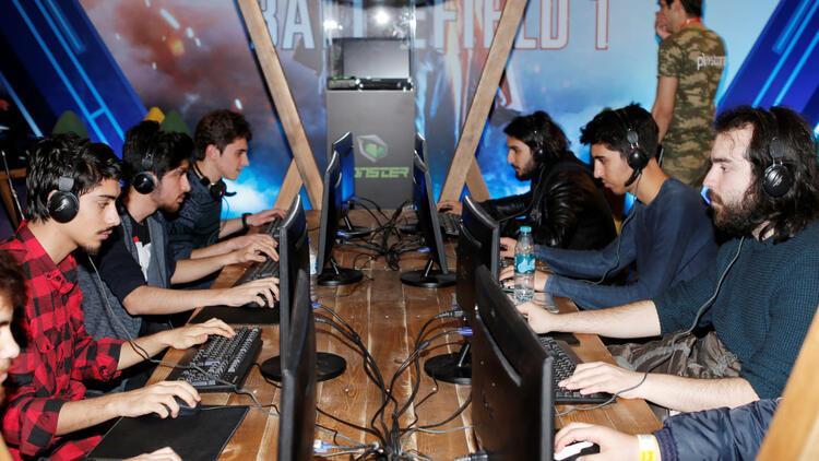 Oyunseverler Gaming İstanbul'a akın ediyor