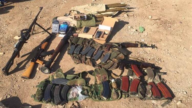 TSK, Zeytin Dalı Harekâtı'nda ele geçirilen silahları paylaştı