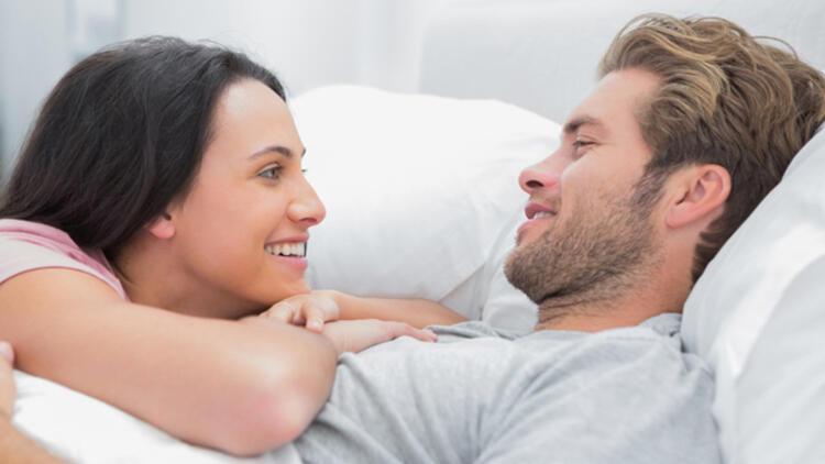 Her erkeğin yatakta istediği 8 şirin şey