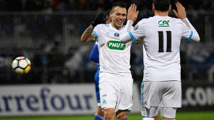 Marsilya 9 golle turladı