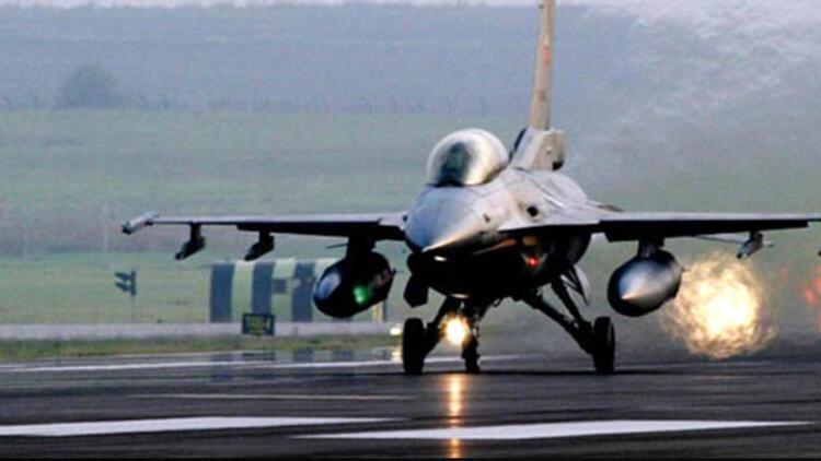 Hava sahası açıldı: Türk Jetleri havalandı