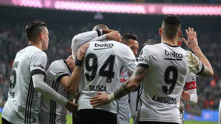 Beşiktaş evinde Karabük'e patladı! Gol yağmuru...