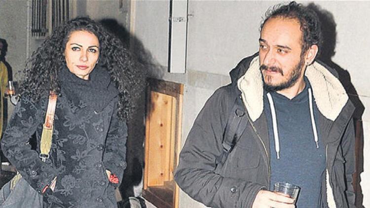 Kemal Sunal'ın kızı Ezo Sunal kiminle evlendi?