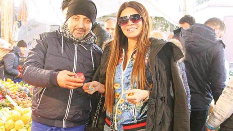 Ebru Polat semt pazarında