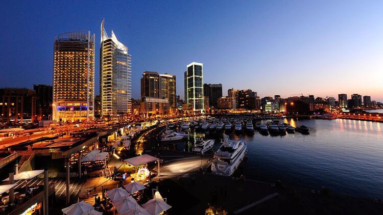 Uykusunda bile uyumayan şehir: Beyrut