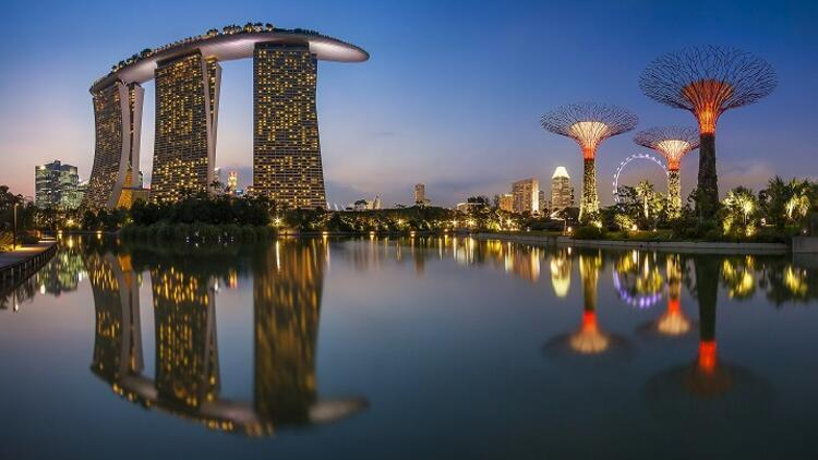 Uzak doğunun temiz, çekingen ve terleyen yüzü: Singapur