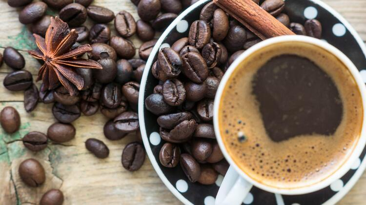 Kahveyle Bir Bütün: Damla Çikolatalı Muffin