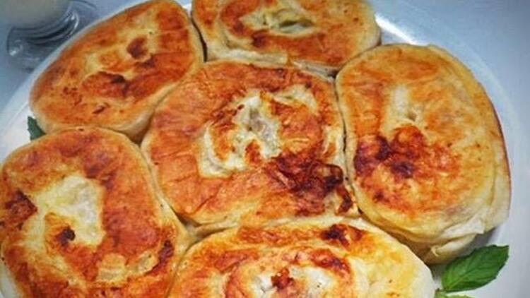 Tavada kolay gül böreği tarifi