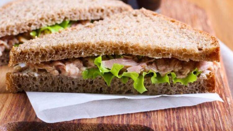 Ton balıklı ekmek dilimleri tarifi