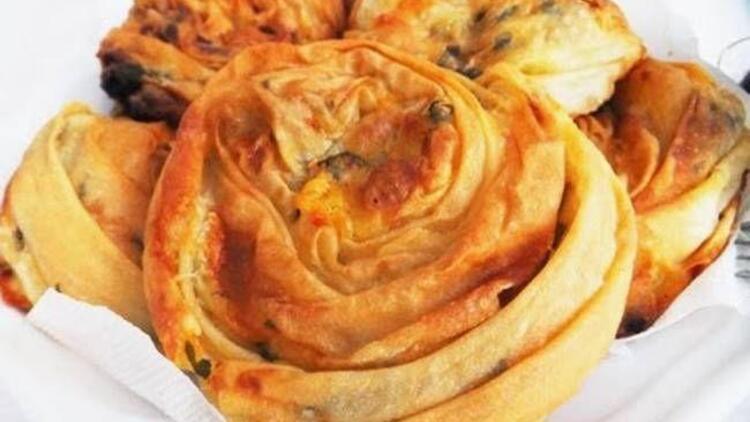Haşhaşlı yeşil mercimek böreği tarifi