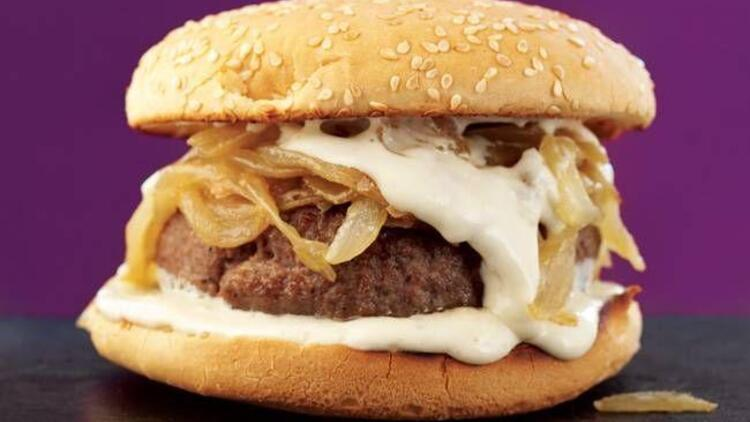 Rokfor soslu hamburger tarifi
