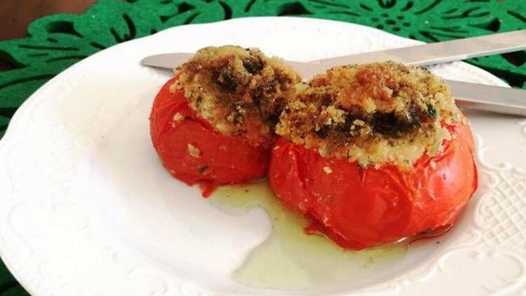 İtalyan usulü sürpriz domates tarifi