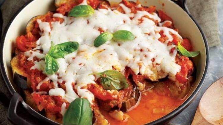 Peynirli ve domatesli patlıcan yemeği tarifi