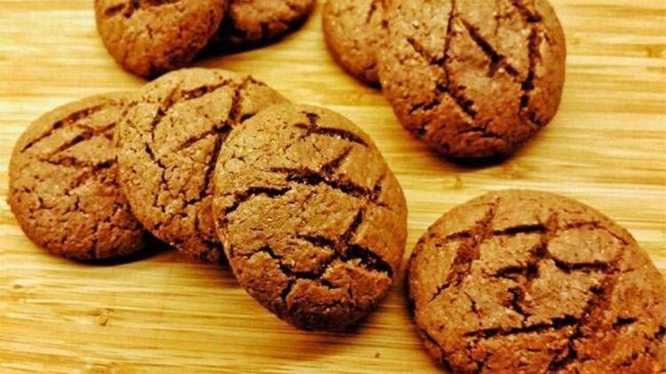 İçi çikolatalı kurabiye
