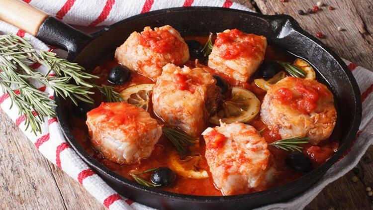 Domates soslu ton balığı tarifi