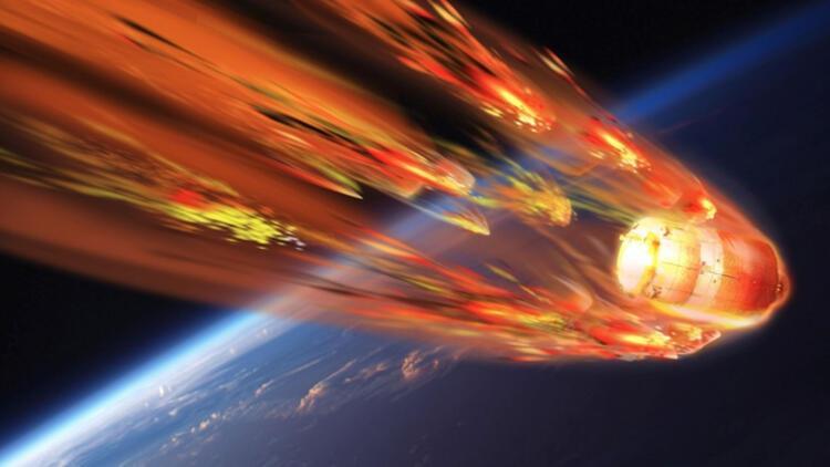 İstanbul'u da tehdit eden Çin uzay istasyonu Tiangong-1 paramparça oldu!